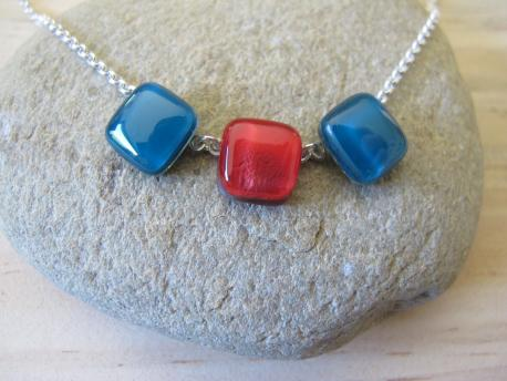 poznan-collier-iris-turquoise-rouge-profond
