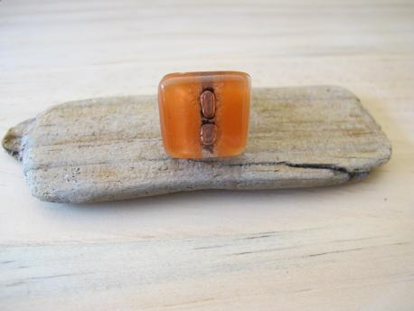 kaspali-bague-petit-carre-orange-pastel-rose-bulle